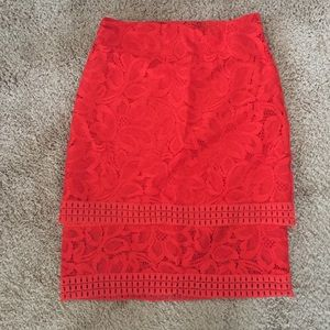 Tiered lace skirt, size 6